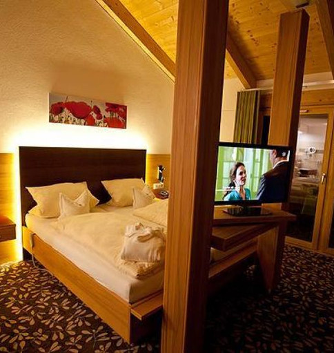 33_hotel_waldeck_zimmer2_high_big.jpg