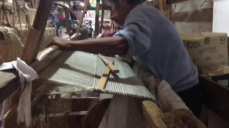Pedal loom workshop