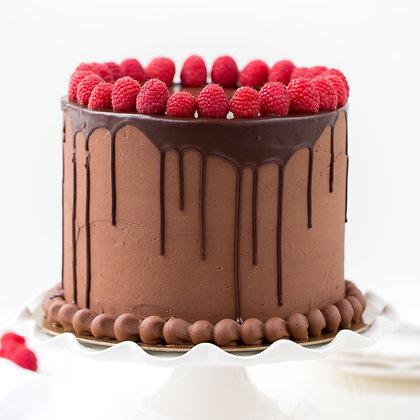 Classic Chocolate Drip Cake