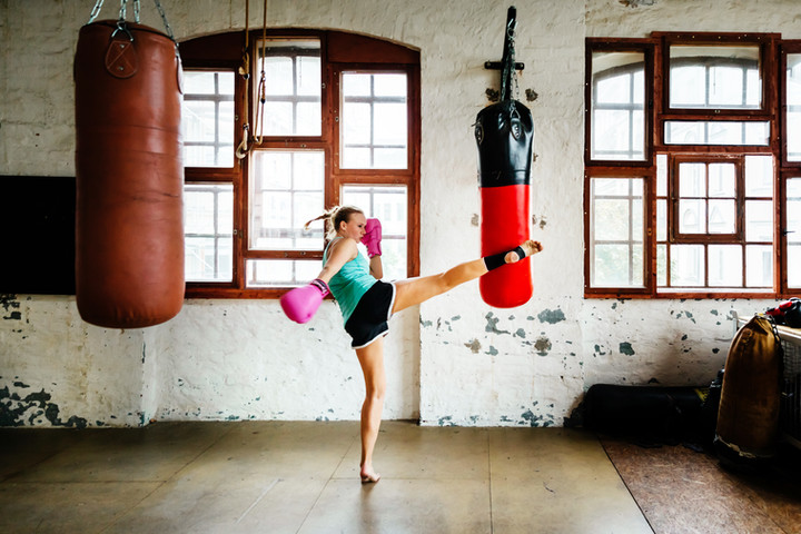 How to overcome an aggressive attacker in sparring