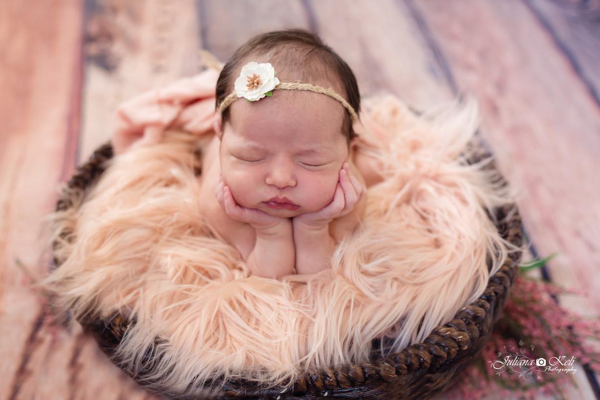 Valentina Newborn Session {South florida Newborn Photographer}