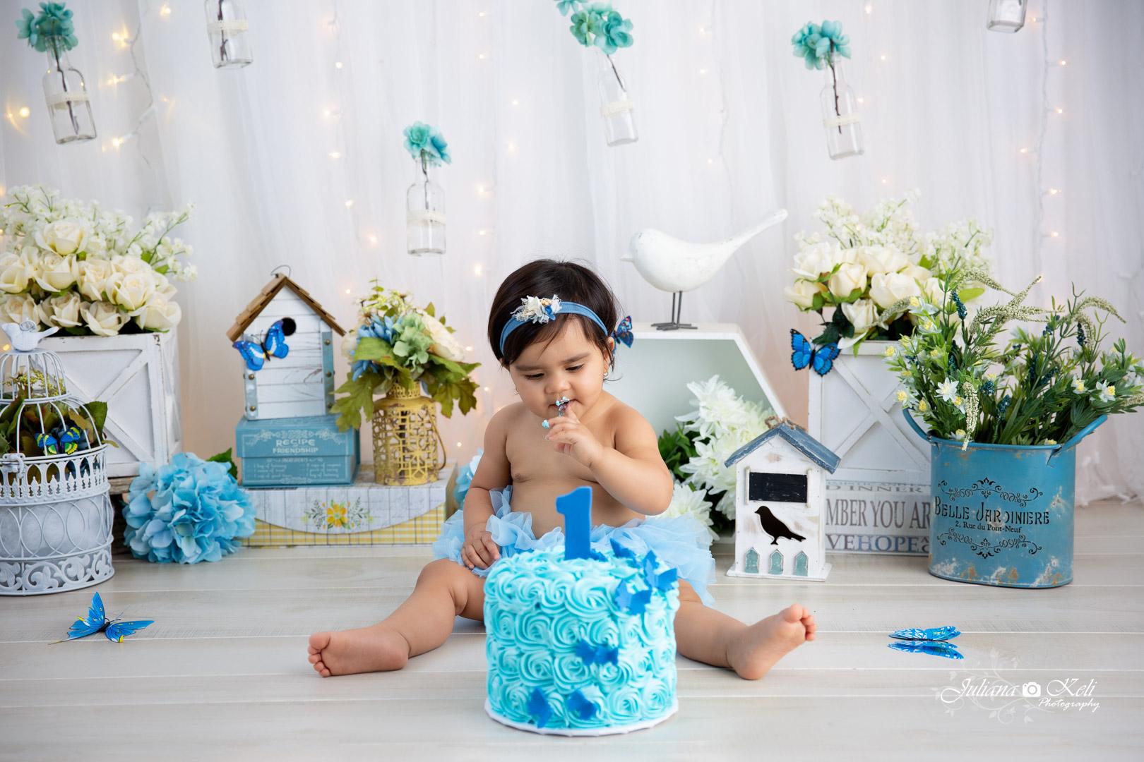 professional cake smash photos near me