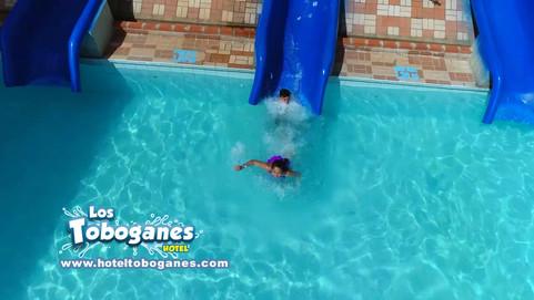 LOS TOBOGANES EN MELGAR 720.mp4
