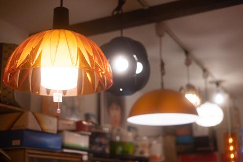 家の光の暖かさ