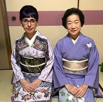 With Chikushikai Board of Director member Tsukamoto Kasutoku, National Theatre of Japan