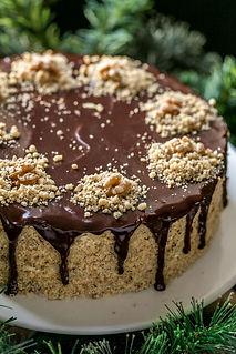 Walnut Cake with Chocolate Spread