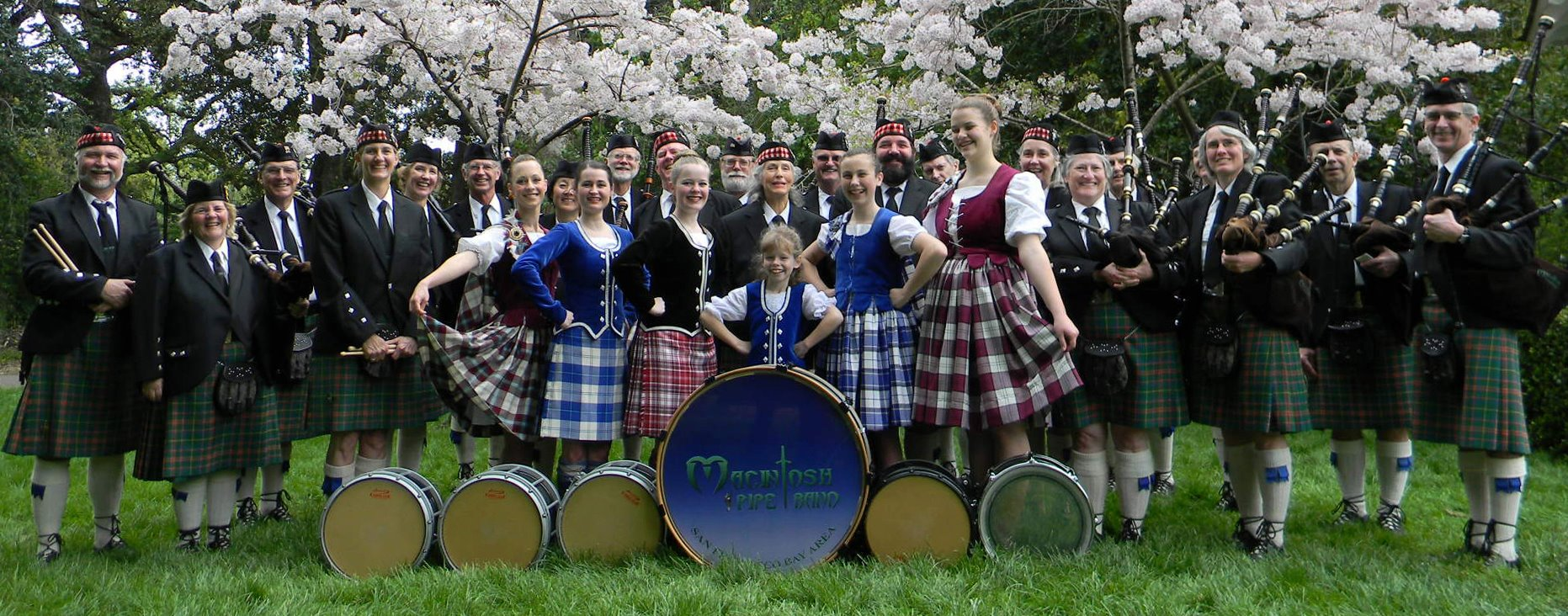 MacIntosh Pipe Band