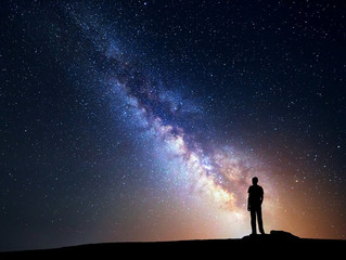 Hey Stargazers, The Moon continues its journey through the zodiac and is now in the sign of Cancer.