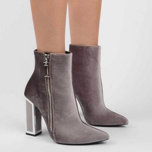 KAT boots