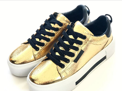 KENDALL & KYLIE gold snekers