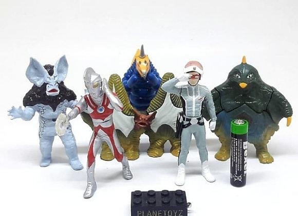 Hg Ultraman Ace Don Moroboshi Monster Bijuu Alien Gasaphon