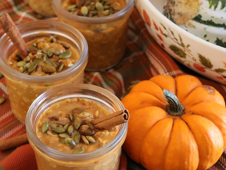 Pumpkin Pie Overnight Oats are Healthy and Indulgent
