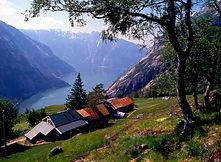 Paddle to Simadalen and hike to Kjeåsen