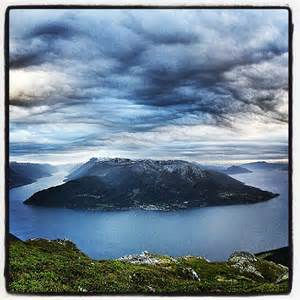 Oksen great view. paddle to Tjoflot or Djønno and walk up to this great mountain
