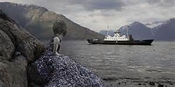 paddle to Utne museum Hardangerfjord