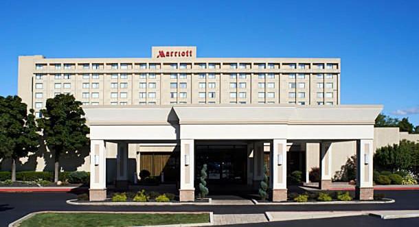 Buffalo_Marriott_Niagara1.jpg