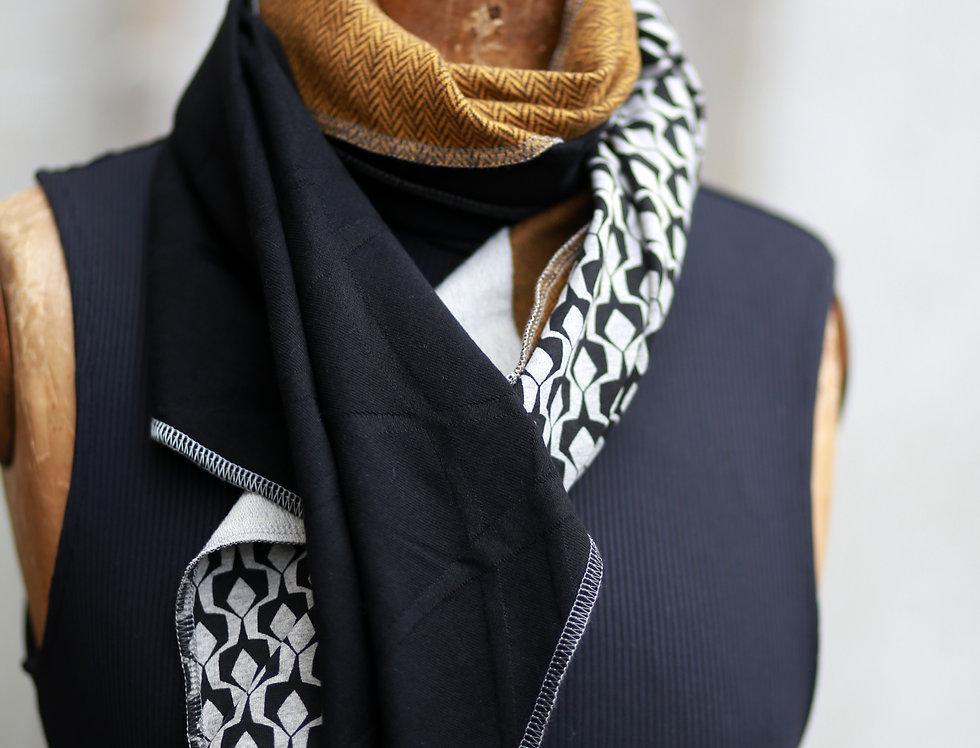 Schal pattern grey