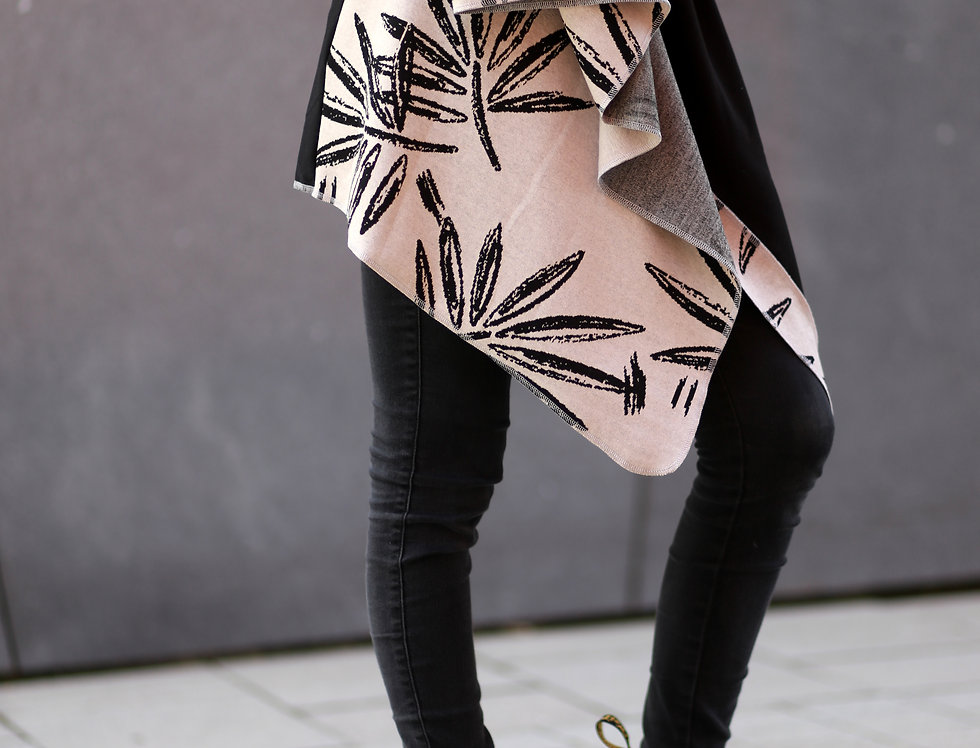 Wrap leaves taupe