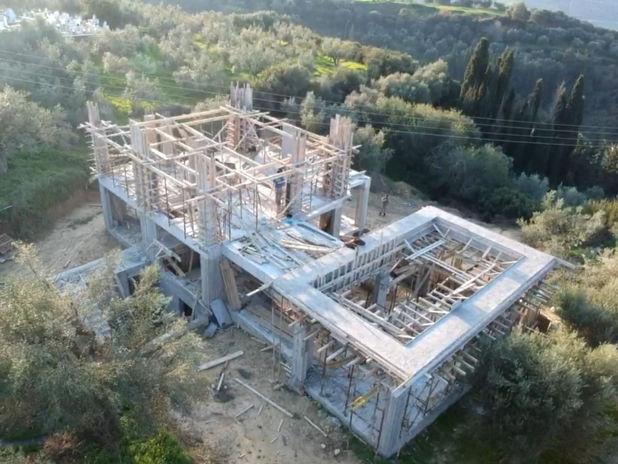 Upeer level concrete works