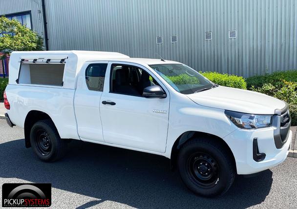 Toyota Hilux Extra Cab PolyPod