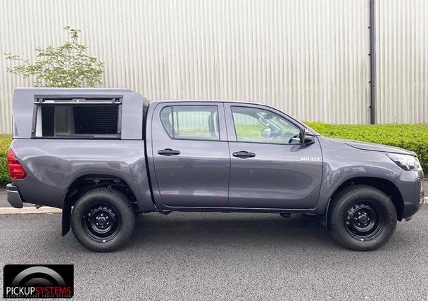 Toyota Hilux Double Cab PolyPod
