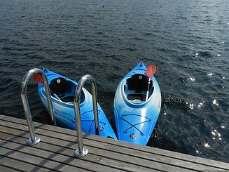 twee kayaks.JPG