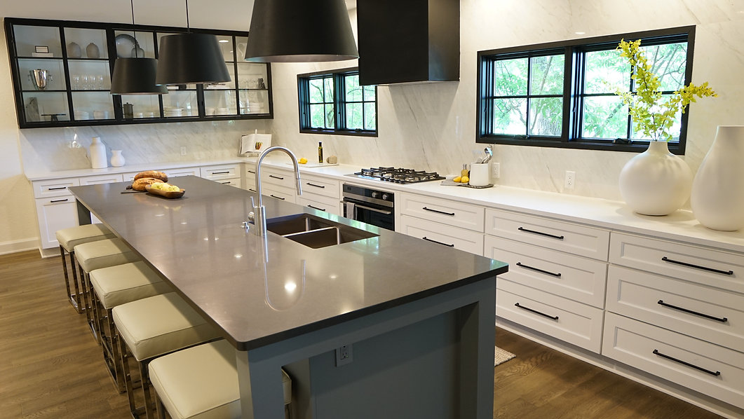513-Kitchen3 (16).JPG