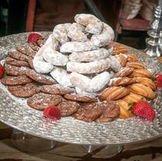 Sandtarts, Chocolate and Vanilla Cookies