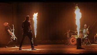 Rockeři GATE Crasher vás rozpálí novým klipem Vzpomínky