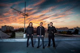 Kapela DneskaNe vydala nový videoklip a také nové album