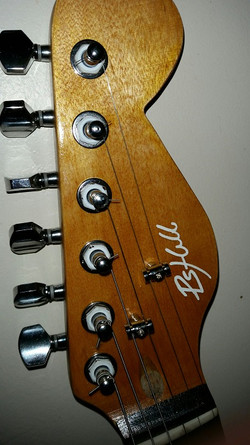 Guitar headstock.jpg