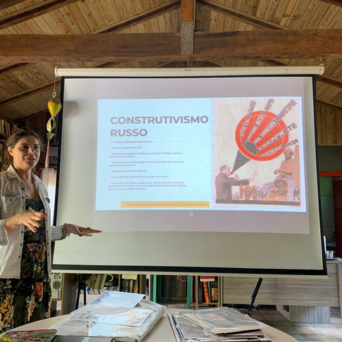 Workshop de Colagem na Feira Embaúba
