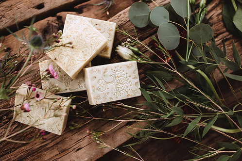 Raw Honey and Bee Pollen Soap