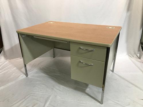 Pre-owned Hon Metal Desk