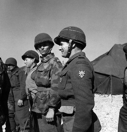 Luxembourg_soldier_Korea_1953.jpeg