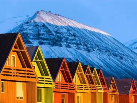 Steaming Svalbard