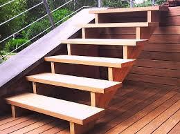 houten trap.JPG