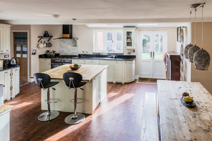 Kitchen Ramsbury Marlbough.jpg