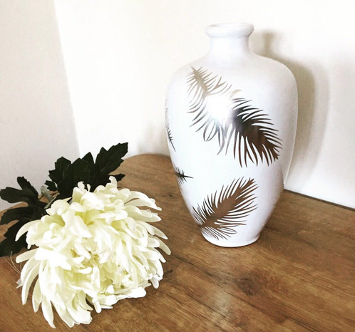 White And Silver Feather Bulb Vase