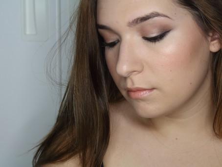 Look:Maquillaje de ojos rasgado