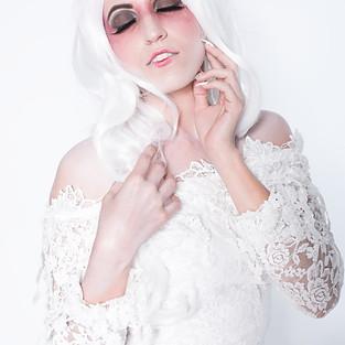 Creative White Portraits with Megan Preston