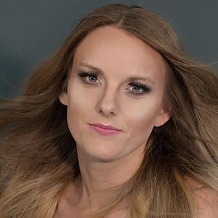 Glam Portraits with Desiray Davis