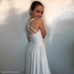 שמלת צמות