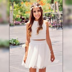 חצאית טוטו לבנה וטופ קולר