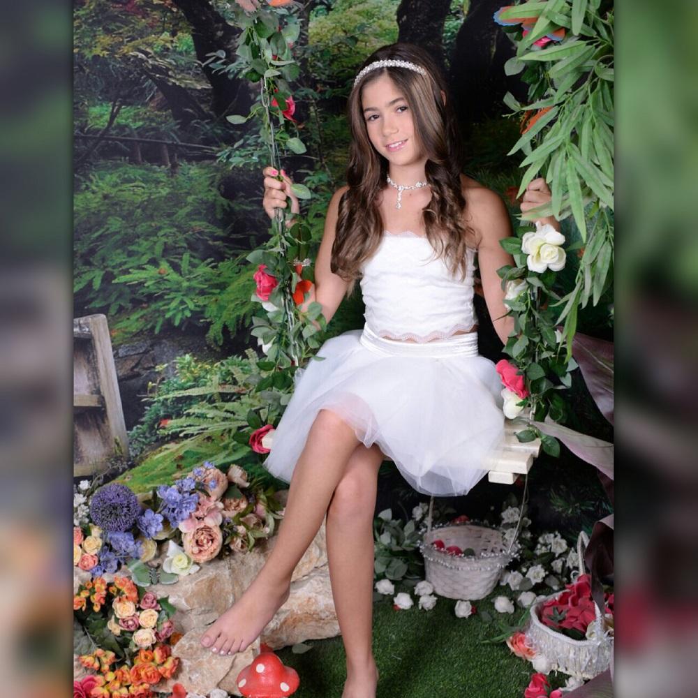 שמלת טוטו לבנה קצרה בגזרת סטרפלס