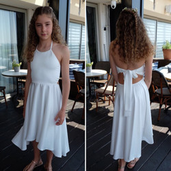 שמלת בת מצווה לבנה עם שובל ופרפר בגב