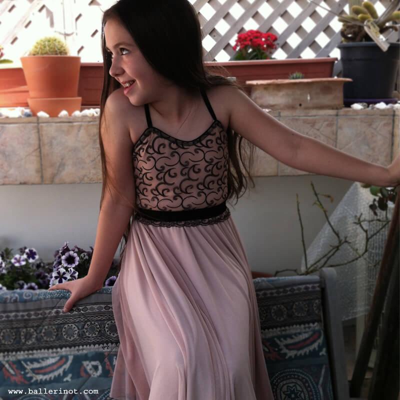 שמלת בת מצווה בלרינה פודרה ושחור