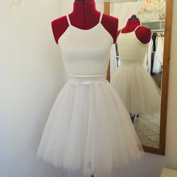 שמלת טוטו לבנה קולר