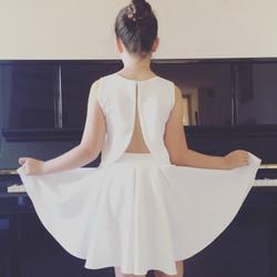 חצאית לבת מצווה וטופ גב פתוח