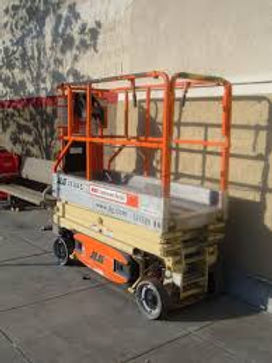 scissor lift small.jpeg